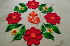innovative-rangoli-with-flower