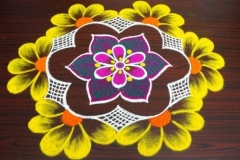 Rangoli-Design-With-Colors-12