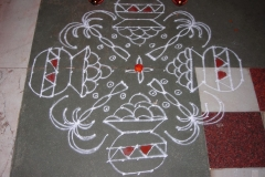 Rangoli-Designs-for-Pongal-With-Dots-4