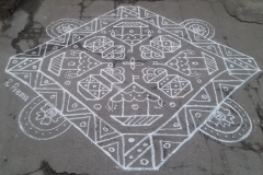 Rangoli-Designs-for-Pongal-With-Dots-6