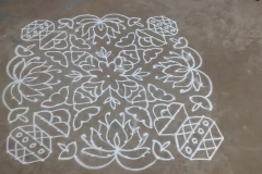 Rangoli-Designs-for-Pongal-With-Dots-7