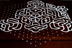 Rangoli-Designs-for-Sankranthi-With-Dots-17