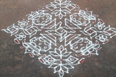 Rangoli-Designs-for-Sankranthi-With-Dots-5