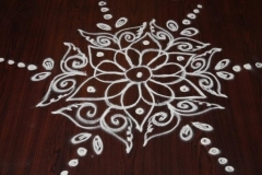 Rangoli-Designs-for-Sankranthi-With-Dots-8