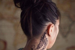 tattoo-designs-for-girls-on-neck-2